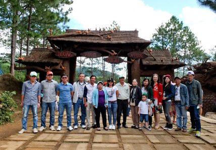Tổ chức du lịch cho cán bộ, công nhân viên năm 2016