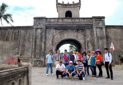 Tổ chức du lịch cho cán bộ, công nhân viên năm 2017